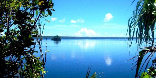 Solomon Adaları Uçak  Seferleri